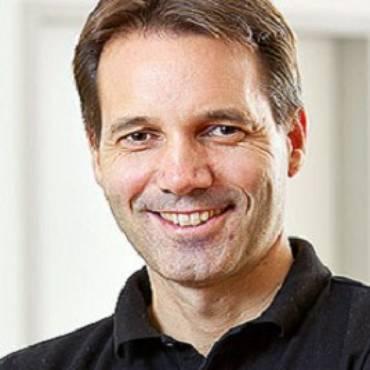Dr. Torsten Schelter